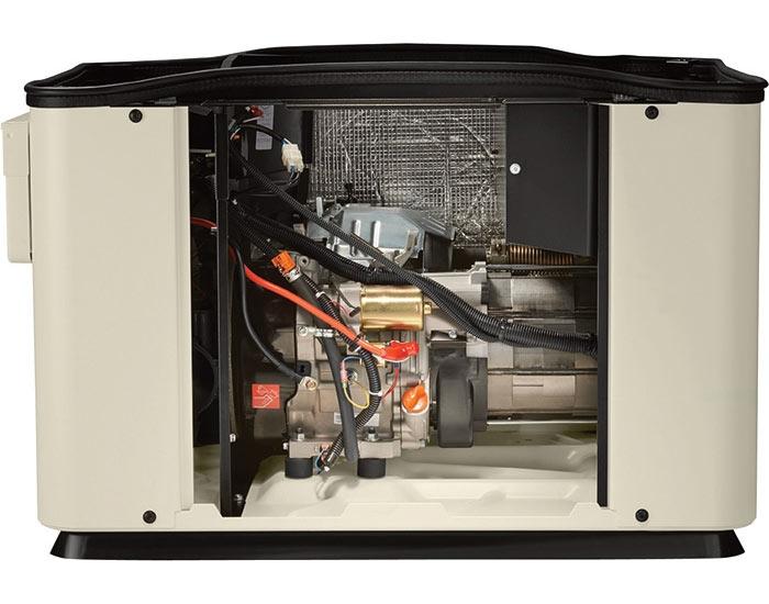 Внутри газогенератора GENERAC 6520