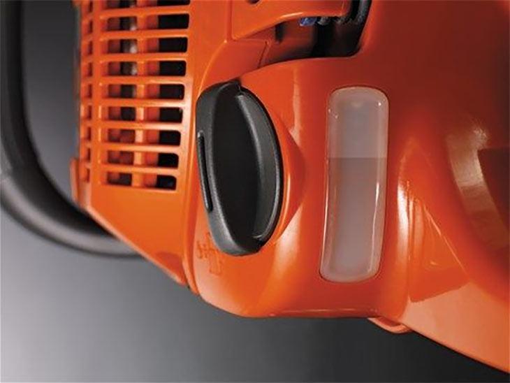 Колпачок топливного бака и индикатор у Husqvarna 545