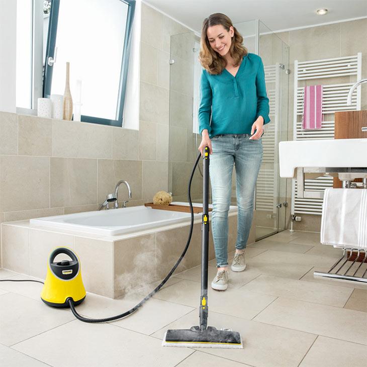 Использование пароочистителя в ванной