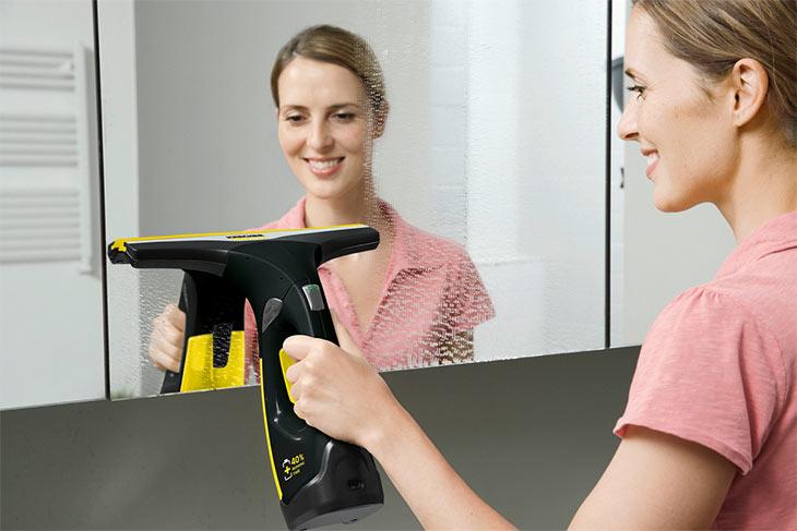 Стеклоочиститель Karcher WV 2 Premium Black Edition